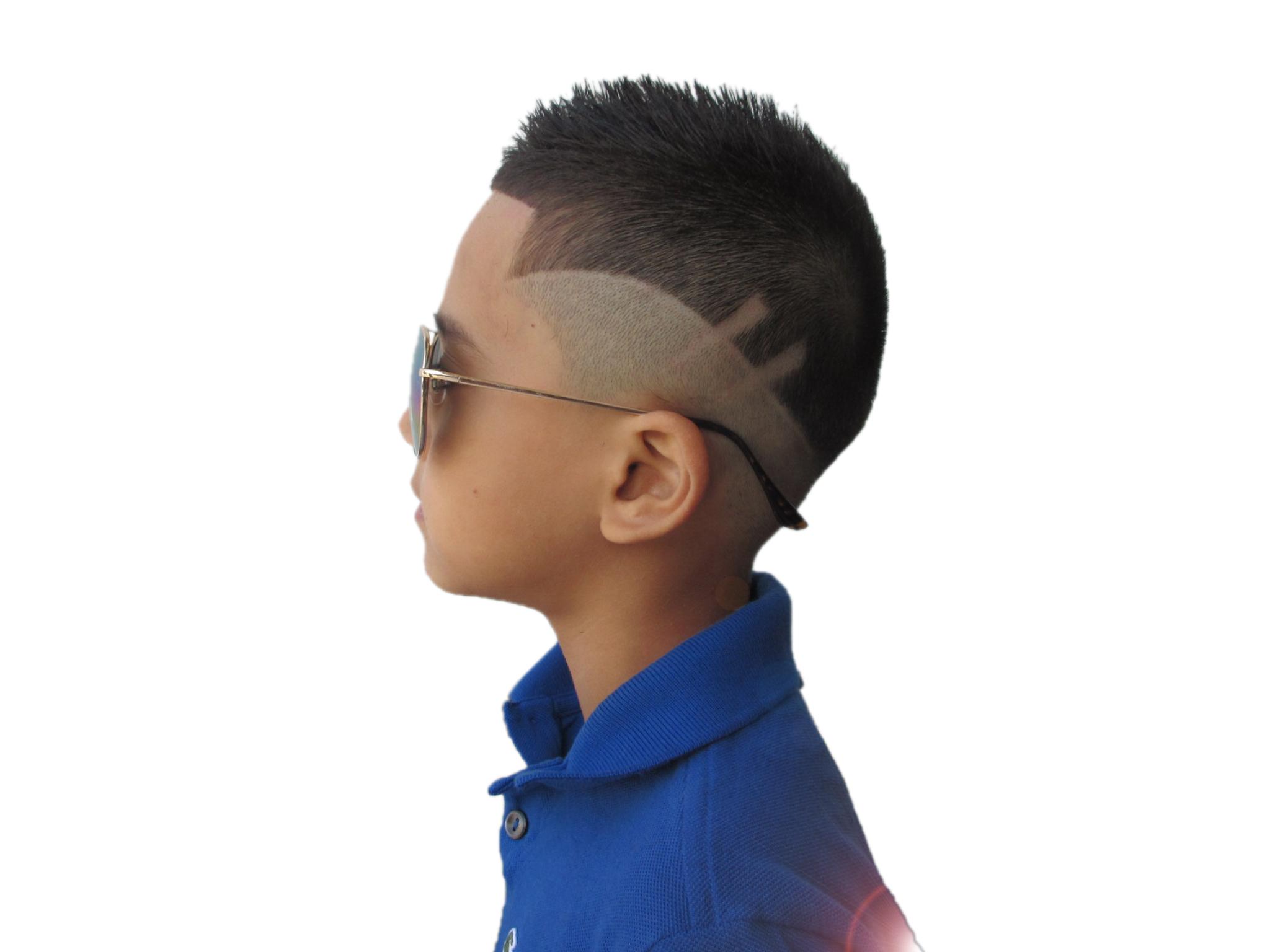 kids haircut client khaki fade with 3d razor